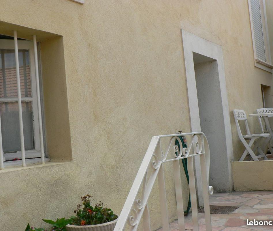 Appartement particulier à Sanary-sur-Mer, %type de 33m²