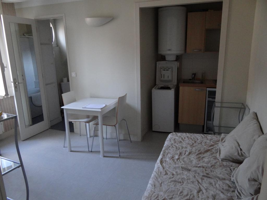Location particulier à particulier, appartement, de 25m² à Mont-l'Évêque
