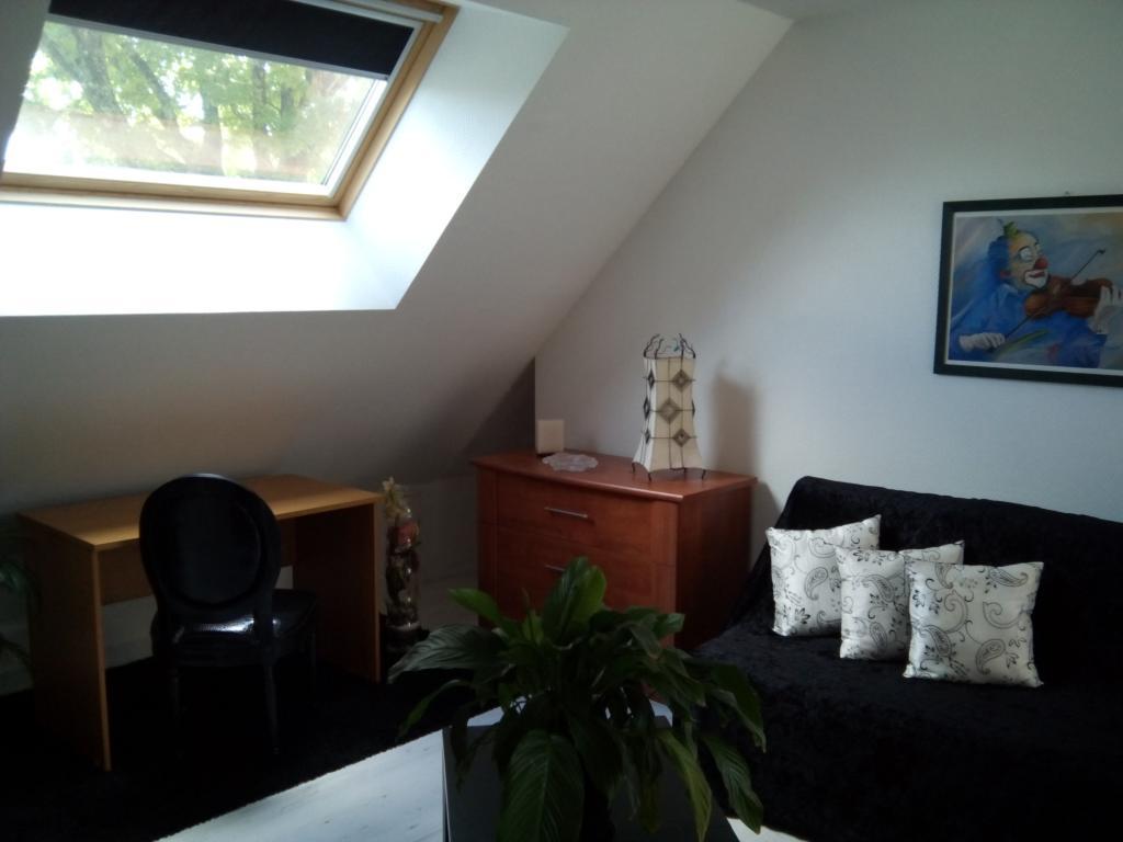 Location de particulier à particulier à Sully-la-Chapelle, appartement studio de 25m²