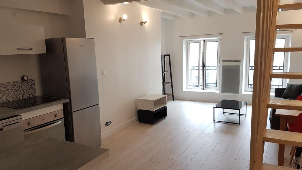 Location particulier, appartement, de 41m² à Vaux-le-Pénil