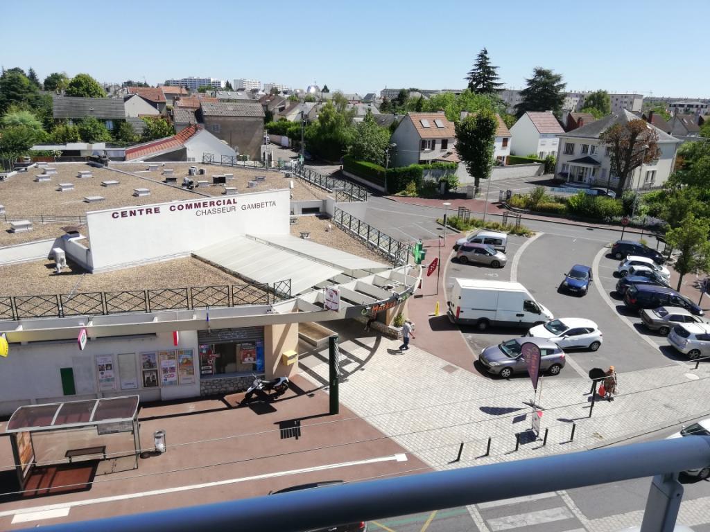 De particulier à particulier, appartement à Bucy-Saint-Liphard, 65m²