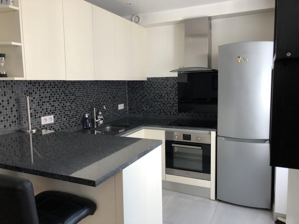 Location immobilière par particulier, Levallois-Perret, type appartement, 47m²