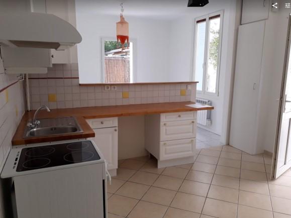 Location particulier Joué-lès-Tours, maison, de 52m²