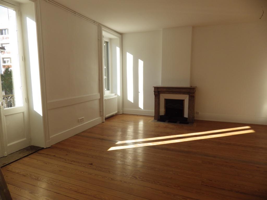 Location appartement entre particulier Bourg-en-Bresse, appartement de 75m²