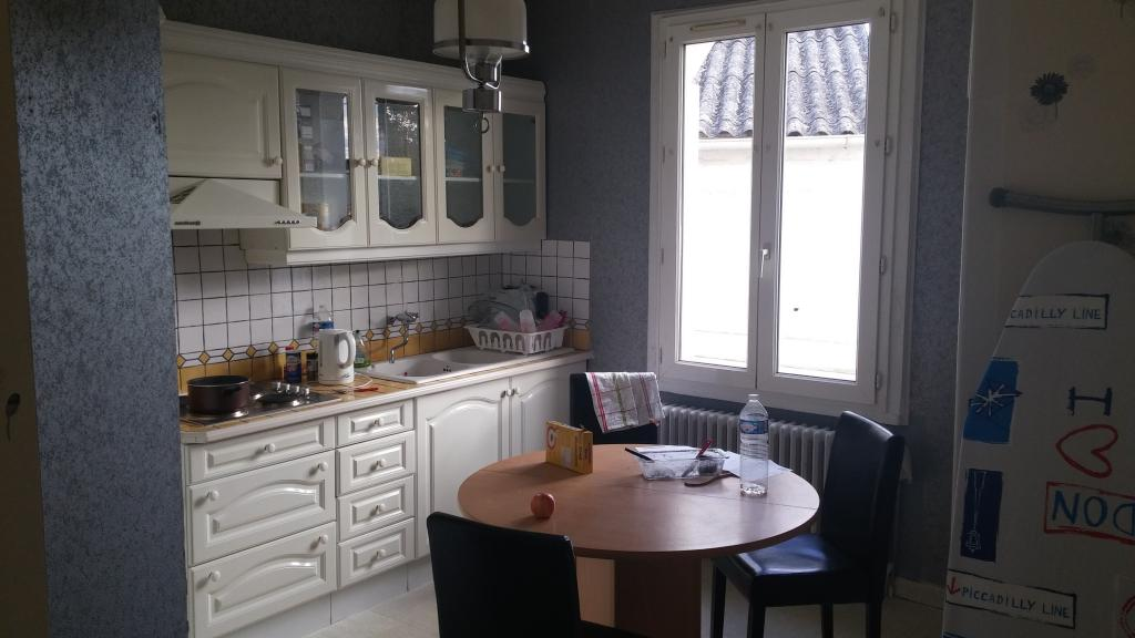 Colocation st nazaire 2 chambres libres 380 for Combien coute une cuisine equipee