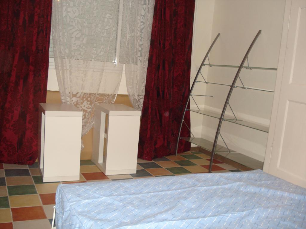 Colocation nimes 1 chambre libre 620 for Chambre libre