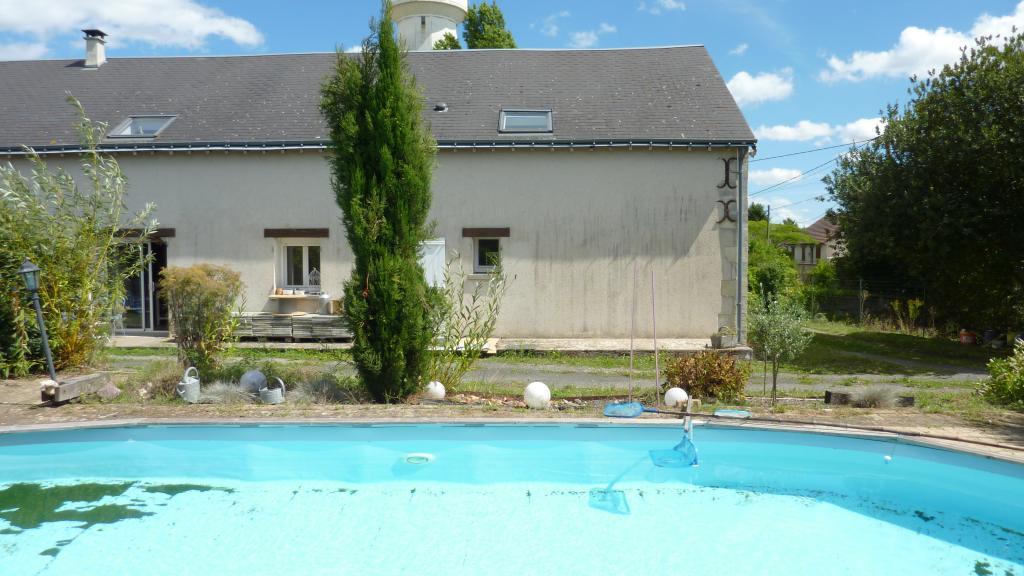 Logement tudiant beaumont la ronce 2 logements for Garage beaumont la ronce