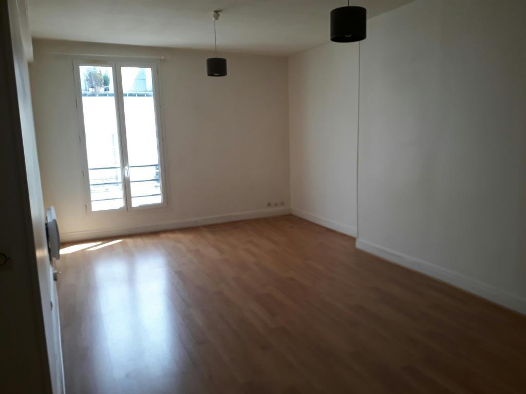 1 chambre disponible en colocation sur Paris 02