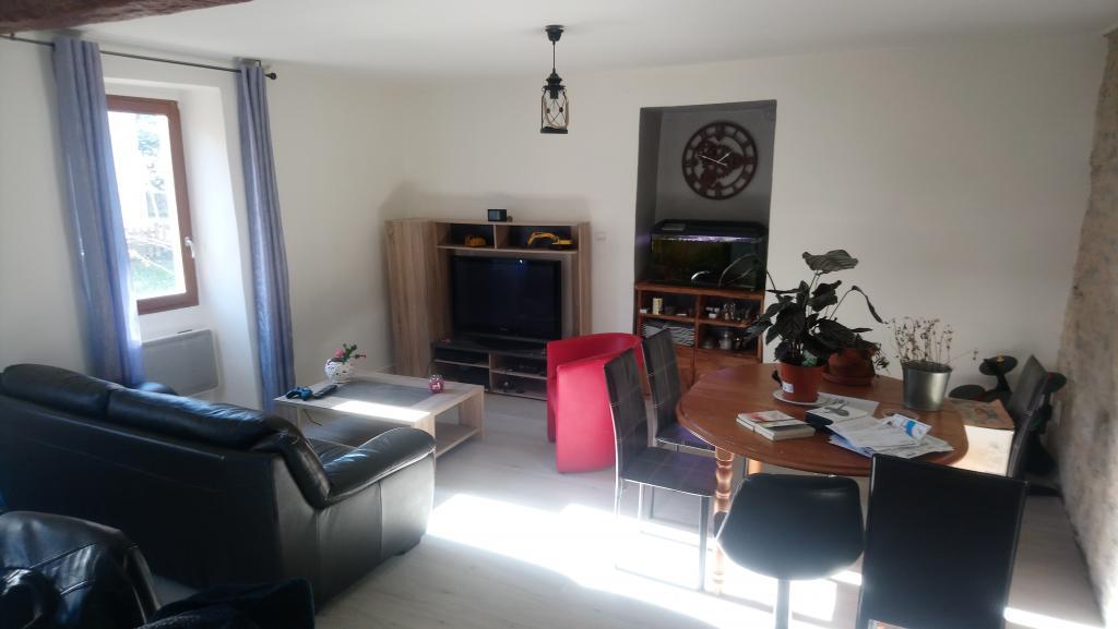 1 chambre disponible en colocation sur Douelle